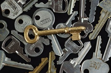 719253-locks-and-padlocks-dalkeith-apache-services-keys-360x239